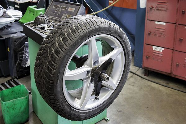 Checking Wheel Alignment