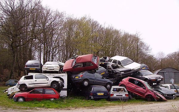 Selling a Non-Running Car to Junk Yards